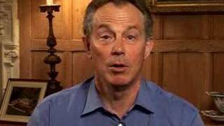 Download Tony Blair parle francais- Blair 's good french accent Video