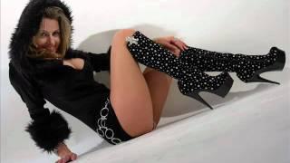 Download High Heel Shooting mit Mia Mitchell - Bildershow... Video