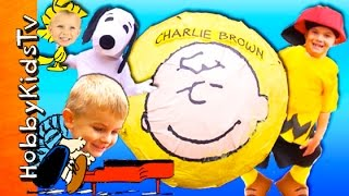 Download Giant CHARLIE BROWN Surprise SMASH EGG Adventure! HobbyKids Visit a Lucy Booth Video