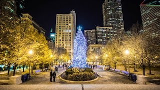 Download Christmas in Chicago is Spectacular Video