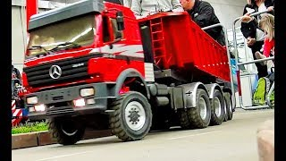 Download STUNNING HEAVY RC TRUCKS, TRACTORS, EXCAVATOR, TIPPER, SEMI TRUCK AND MORE ON THE CONSTRUCTION SITE! Video