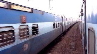 Download Parallel entry of 16649 Parasuram Express with Netravati Express @ Kayamkulam Video