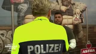 Download Kölner Raser Szene - Fahrradcops legen CL 500 still. Video