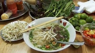 Download How to make Vietnamese Pho Bo Video