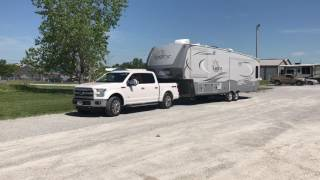 Download Ford F-150 with 5 1/2 foot bed & Open Range Light 5th Wheel do a 90 Degree Turn Video