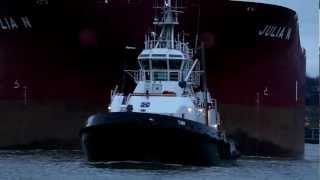 Download Mit dem Hafenschlepper unterwegs: Erzfrachter JULIA N zum Hansaport Video