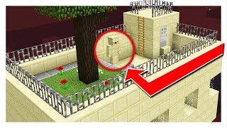 Download ULTIMATE ROOF HIDING SPOT! - HIDE & SEEK! - Minecraft Mods Video