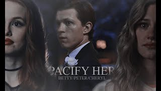 Download betty/peter/cheryl - pacify her Video