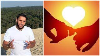Download JE SUIS FOU AMOUREUX, AIDEZ-MOI ! Rachid ELJAY Video