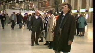 Download Train Crash Clapham Junction | Thames News Video