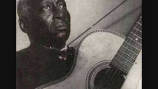 Download leadbelly - house of the rising sun Video