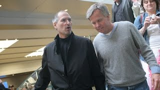 Download Steve Jobs quietly stops by Apple Store - Must watch this! Video