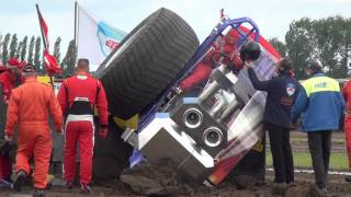 Download Rocket Science Crash @ Made NL by MrJo Video