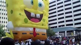 Download Thanksgiving Day Parade SpongeBob Hits Tree Video