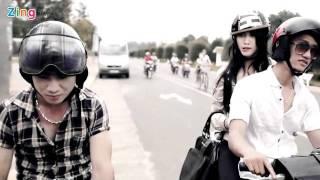 Download Chia Đôi Con Đường (New Version) - Cao Trung Video