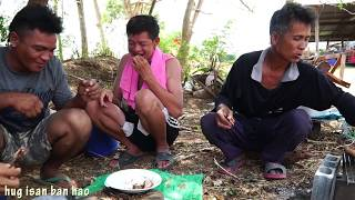 Download หมูย่าง สงกรานต์ กินแบบบ้านๆ อีสาน hug isan ban hao studio Video
