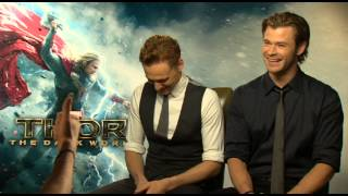 Download Chris Hemsworth and Tom Hiddleston Talk Natalie Portman's Punch! Video