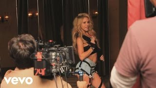 Download Shakira - Chantaje - Behind the Scenes ft. Maluma Video