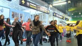 Download Flash mob in Vilnius airport Video