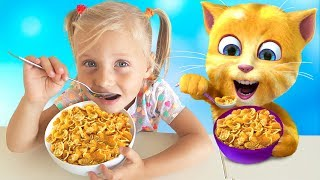 Download Alisa helps and plays with funny talking cat ! Video