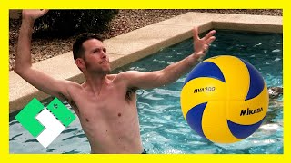 Download 🏐 PLAYING VOLLEYBALL IN THE POOL IS HARD! 🏊🏼 (Day 1849) Video