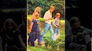 Download Robert Redford en famille (nouvelle version avec plus de photos ) Video