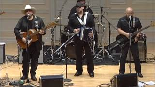 Download Los Texmaniacs: Traditional Conjunto Dance Music from Texas Video