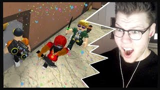 Download TWO MURDERERS IN ONE ROUND?   ROBLOX Murder Mystery 2 Video