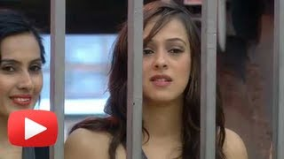 Download Hazel Keech - First Contestant To Take Exit From Bigg Boss 7 Video