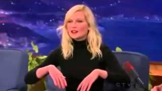 Download Kirsten Dunst spricht Deutsch speaks German Video