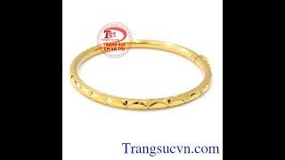 Download Chiếc vòng tay nữ vàng, vòng tay vàng tây, vòng tay đẹp,TSVN017666 Video