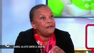 Download Christiane Taubira ″je ne suis pas une victime, je suis une cible″ - C à vous - 23/03/2015 Video