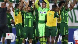 Download Fans React To Tragic Plane Crash Carrying Brazilian Soccer Team Video