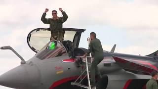Download Captain Babouc, an airshows star is born Video