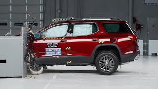 Download 2017 GMC Acadia small overlap IIHS crash test Video