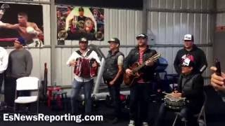 Download Happy birthday Abner Mares - EsNews boxing Video