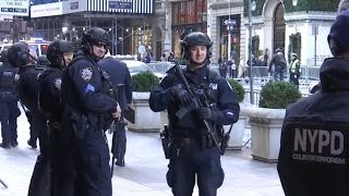 Download Unprecedented security for NYC Thanksgiving Parade Video