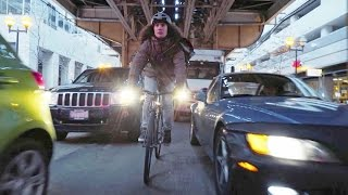 Download Nico VS Taxi - Bike Messenger Races Taxi Across Chicago Video