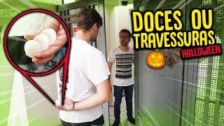 Download DOCES OU TRAVESSURAS NA CASA DE ESTRANHOS !! ( ESPECIAL HALLOWEEN ) [ REZENDE EVIL ] Video