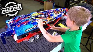 Download UNBOXiNG a TRAXXAS SPARTAN ROCK n' ROLL V-Hull SPEED BOAT w/ my Son! | RC ADVENTURES Video