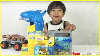 Download GOLD THOMAS the tank engine special edition Thomas & Friends Take N Play Video