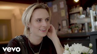 Download MØ - Deal Breakers & Day Drinking: A Dream Date with MØ Video