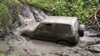 Download Mitsubishi Pajero 3500 V6 ... extrem race in mud Video