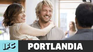 Download Portlandia | Carrie and the Hunk (ft. Ryan Hansen) | IFC Video