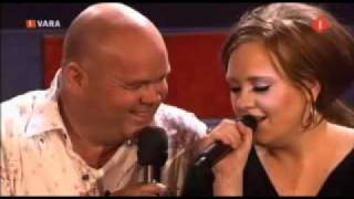 Download Paul de Leeuw & Adele: Make You Feel My Love / Zo puur kan liefde zijn Video