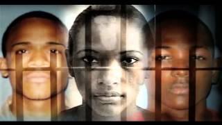 Download Madre dice sólo dos de sus hijos apuñalearon prestamista Video