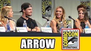 Download Arrow Comic Con 2015 Panel - Season 4, Stephen Amell, Emily Bett Rickards Video