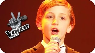 Download Max Raabe - Küssen kann man nicht alleine (Nestor) | The Voice Kids 2015 | Blind Auditions | SAT.1 Video