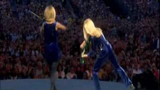 Download Celtic dueling violins Video
