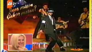 Download Geçmişini Seveyim - Hakan Bey'den Michael Jackson taklidi. (06.08.2011) Video